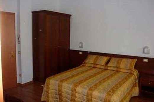 Hotel Monica slaapkamer